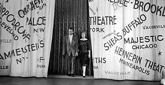 The George Burns and Gracie Allen Show - Image: Gbgallen