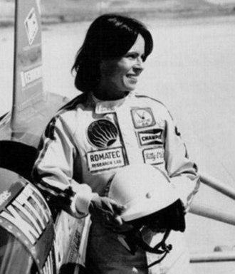 Kitty O'Neil - O'Neil and the SMI Motivator, Oregon 1976