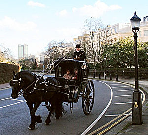 Hansom cab - The Sherlock Holmes Museum's hansom cab with Vasily Livanov
