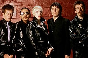The Tourists - The Tourists, 1980—L-R: Jim Toomey, Eddie Chin, Annie Lennox, Peet Coombes and Dave Stewart