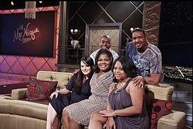 the cast of the parkers on the mo nique show l r ken lawson dorien