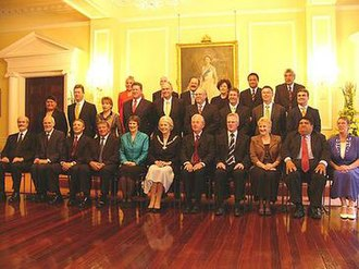 Monarchy of New Zealand - The ministers of the Fifth Labour Government with then Governor-General Dame Silvia Cartwright, 20 October 2005