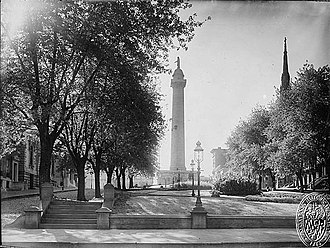 Washington Monument (Baltimore) - Baltimore's Washington Monument, 1900 (looking west)