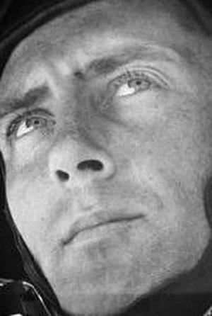 Henry Oliver Hansen - Hansen as a paratrooper in 1942