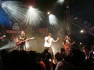 Karavan - Karavan performing live in Karachi at Ramada Hotel.