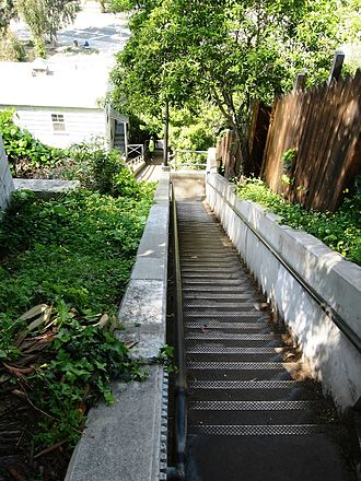 Santa Monica neighborhoods - Santa Monica Steps