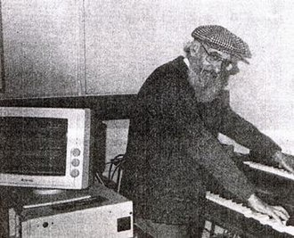 Cromwell Everson - Everson composing a tune on his computer