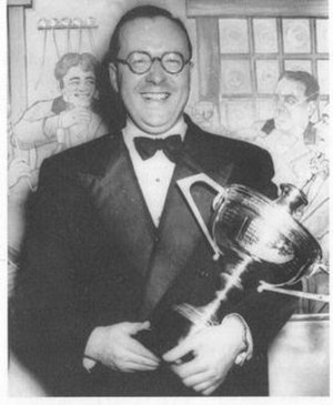 Fred Davis (snooker player) - Fred Davis with the World Snooker Championship trophy in 1948