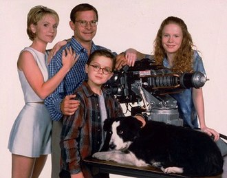 Honey, I Shrunk the Kids: The TV Show - The main characters of the TV series (from left to right), Diane, Wayne, Nick, Amy Szalinski, and the family dog, Quark (portrayed by Mattise). Photographed by Charles Bush.