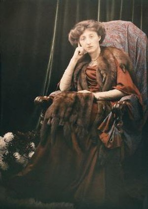 Olive Edis - Autochrome self-portrait