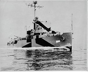 USS Shelter (AM-301) - Image: USS Shelter AM 301 Admiral Class Minesweeper 1944