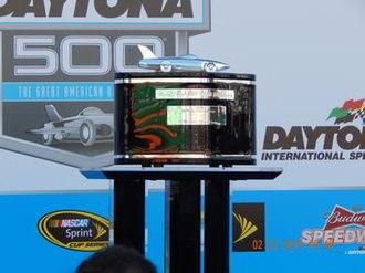 Harley J. Earl Trophy - Image: 2015 Daytona 500 Harley J. Earl Trophy