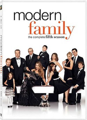 Modern Family (season 5) - DVD cover