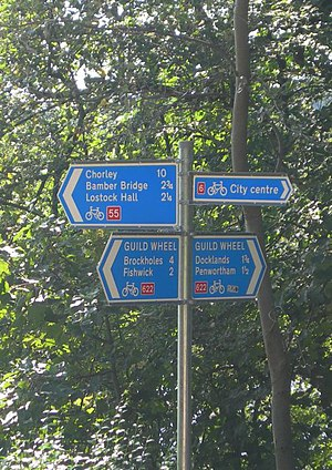 National Cycle Route 622 - NCR 622 sign in Avenham Park at the junction of NCR 6 and 55