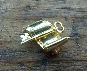 Scroll and Key - Society pin