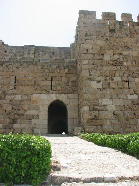 Arquivo: Byblos castle.jpg
