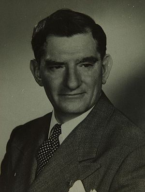 Edgar Schmued - Edgar Schmued (photo: c. 1940s)