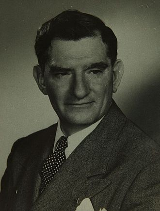 Edgar Schmued - Edgar Schmued (photo: c. 1940s)