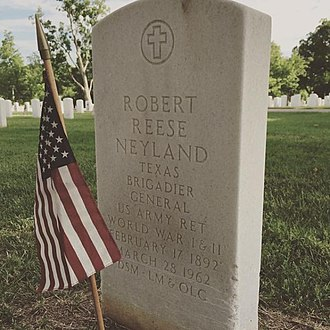 Robert Neyland - Tombstone of General Neyland at Knoxville National Cemetery