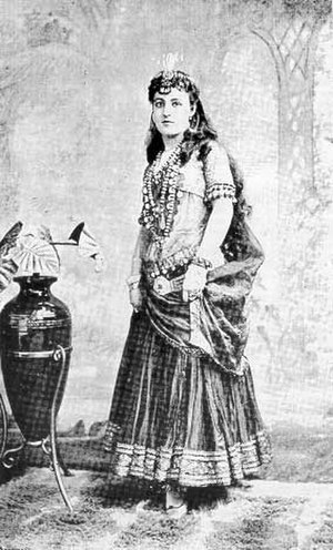 The Nautch Girl - Lenore Snyder as Hollee Beebee