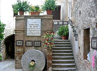 Albanian literature - Home of national romanticist poet Jeronim de Rada.