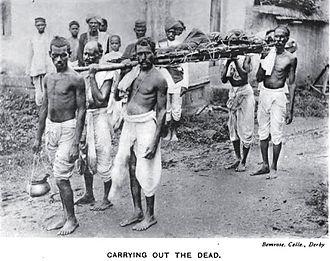 Kunbi - Kunbis carrying out the dead, 1916.