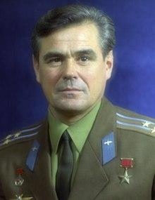 Vasily Grigoryevich Lazarev.jpg