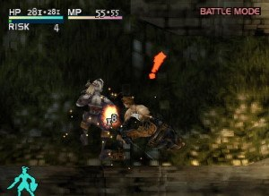 Vagrant Story - Ashley attacks a Crimson Blade soldier. The exclamation mark indicates the point where the player can chain attacks; reflexes must be keen to inflict higher damage to the enemy.