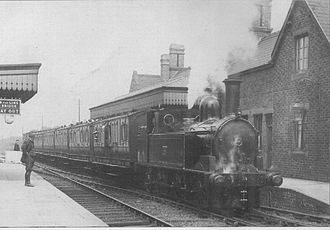 Brownhills - A train passes through Brownhills in 1909