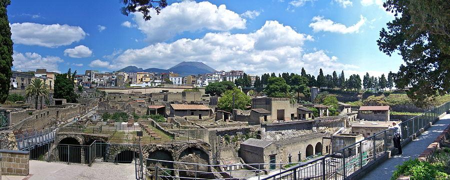 900px-Herculaneum_Pano.jpg