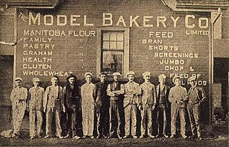 George Weston - Model Bakery employees, Spink Mlls, Pickering, Ontario, Pickering News, Christmas Number 1902.