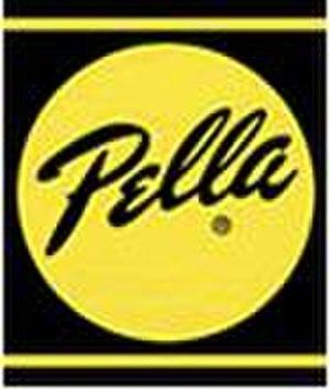Pella (company) - Image: Pella Logo
