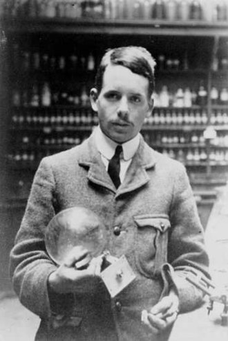 Atomic number - Henry Moseley in his lab.