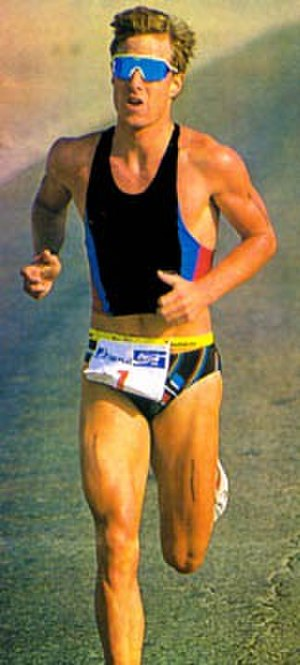 Brad Kearns - Kearns on his way to winning the Eilat international triathlon, 1991