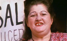 Edith Massey.png