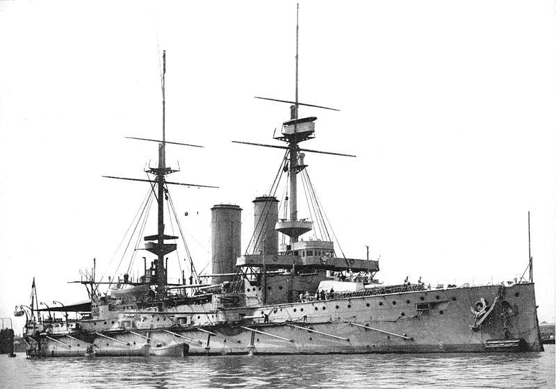 800px-HMS_Prince_of_Wales_(1902).jpg