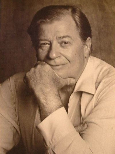 Picture of an author: James Clavell