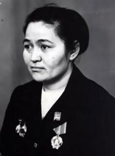 Kamshat Donenbaeva politician