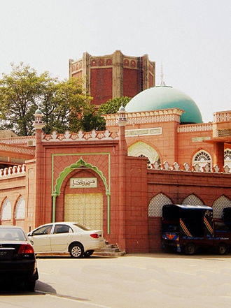 Samanabad - The Khizra Mosque in Samanabad, one of the oldest yet most popular mosque of the locality.
