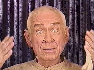 Marshall Applewhite - Applewhite addressing the audience in an initiation video for Heaven's Gate