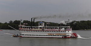 Steamboats of the Mississippi - The Belle of Louisville flying the Jolly Roger during the 2006 Great Steamboat Race.