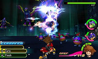 Kingdom Hearts 3D: Dream Drop Distance - A battle in the game, featuring the Command Deck commands on the left side of the screen, and the two selected Spirits and the Drop meter on the right side. Sora is the character in use, with his health meter and character portrait at the bottom right.