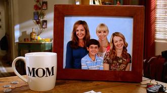 Mom (TV series) - Image: Mom intertitle
