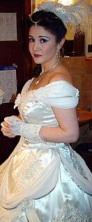 Monika Gonzalez opera singer