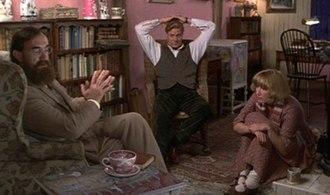 Lytton Strachey - Jonathan Pryce as Strachey, Steven Waddington as Ralph Partridge and Emma Thompson as Dora Carrington in the film Carrington