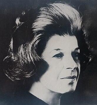 Ernestine Carter - Ernestine Carter in 1974 (photo by Stanley Devon)