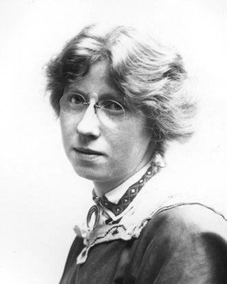 Imogen Cunningham - Self portrait, 1909