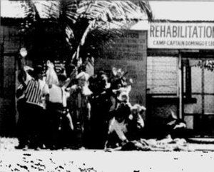 1989 Davao hostage crisis - The hostage takers attempting to leave the prison using the hostages as human shields including Australian missionary, Jacqueline Hamill (center, wearing a striped dress). August 15, 1989.