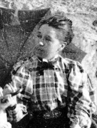 Annie Abernethie Pirie Quibell - Annie Abernethie Quibell in 1898