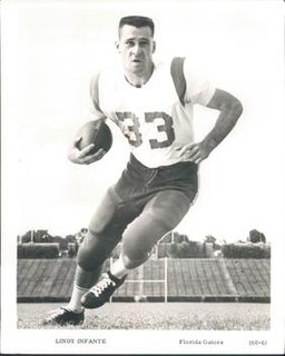 Lindy Infante American football player, running back, coach